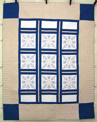 Tan Blue White Star Crystal Embroidered Amish Quilt 82x104