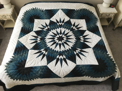 Compass Star Large Patchwork Amish Quilt 111x114