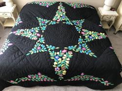 Stunning Flower Star Applique Amish Quilt 103x114