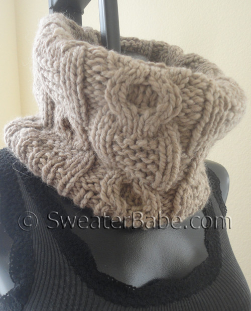 knitting pattern for chunky cabled cowl