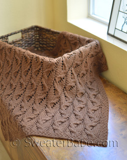 travelling cables blanket (baby size shown) knitting pattern