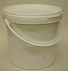 plastic food buckets