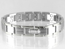 "All silver Centerline S stainless steel magnetic bracelet with 32-5200 gauss magnets in an 8 53/4"" length - 166,400 Rating"