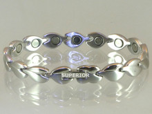 "Magnetic bracelet stainless steel with 18-5000 gauss magnets in an 8 9/16"" length . It has a rating of 90,000."