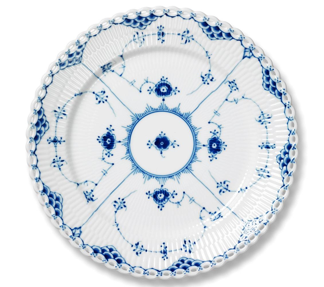 royal-copenhagen-blue-fluted-full-lace-dinner-plate-10.75-in-1017240.jpg