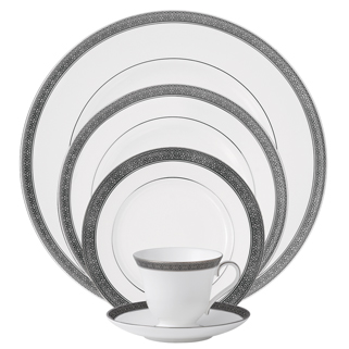 waterford-newgrange-platinum-5-piece-place-setting.jpg
