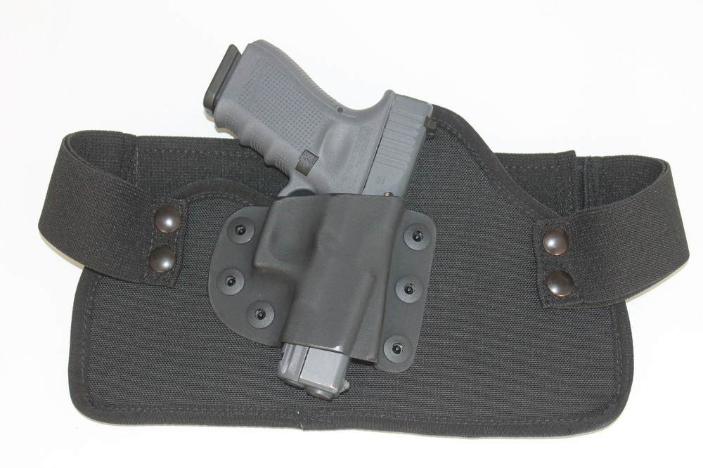 The Glock 19 and the TRR IWB concealed carry holster make a tactical solution that is ready for any self-defense, combat situation.