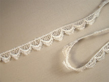 "1/2"" Ivory Scalloped Venice Lace Trim LT-186"