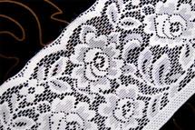 """6"""" White Floral Lace Trim #231"""