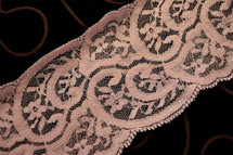 "3 1/4"" Light Plum Wholesale Lace Trim #239"