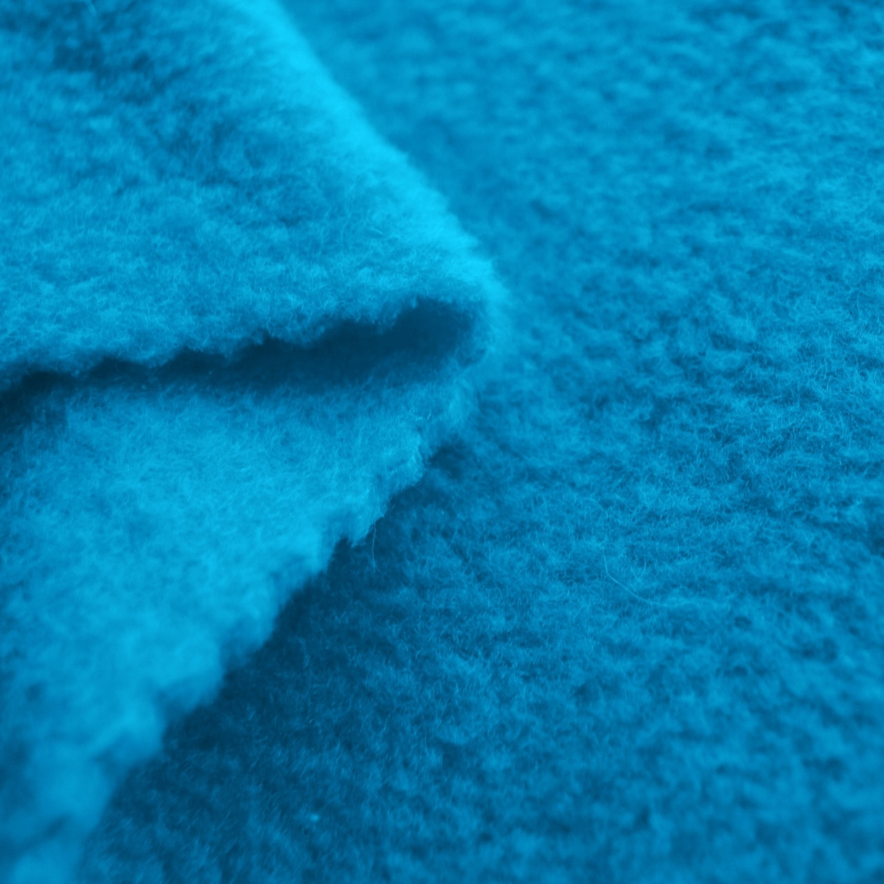 Turquoise anti pill yukon fleece fabric for Spaceship fleece fabric