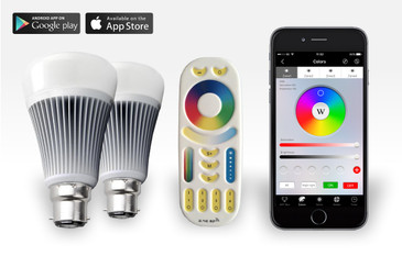 2 Easybulb PLUS RGBW 9W Light Bulb + Remote Control