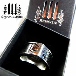 3-rexes-prestige-ring-box-mens-knights-templar-iron-cross-ring-sterling-silver