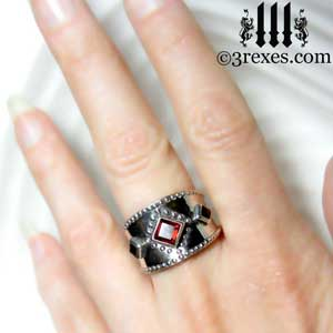 3-wishes-silver-medieval-wedding-ring-gothic-garnet-stones-wide-studded-band-model-hand