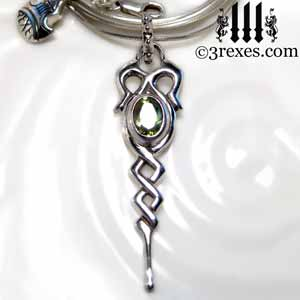 celtic-dripping-silver-necklace-green-peridot-stone