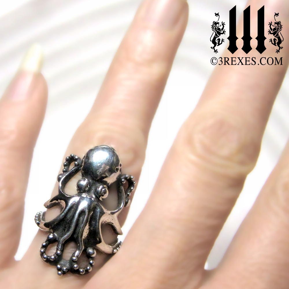 enchanted-octopus-silver-ring-model.jpg