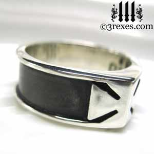 mens-knights-templar-rings-iron-cross-ring-maltese-dark-patina-side