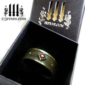 mens-moorish-gothic-one-stone-ring-dark-black-antiqued-brass-red-garnet-stone-royal-engagement-band-in-ring-box