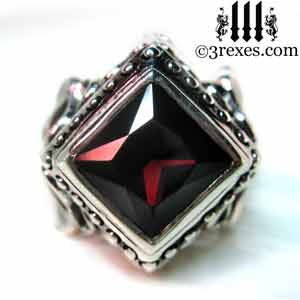 cocktail-ring-raven-love-silver-wedding-ring-gothic-garnet-stone-medieval-engagement-band-model-detail-january-birthstone-jewelry