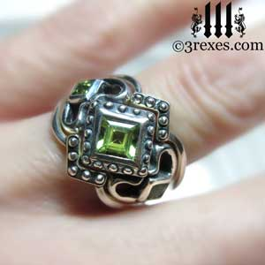 silver-royal-princess-love-stacking-ring-wedding-set-medieval-band-green-peridot-stones-model-detail.jpg