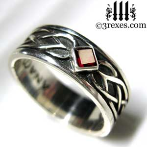 soul-love-anam-gra-mens-silver-celtic-wedding-ring-garnet-stone