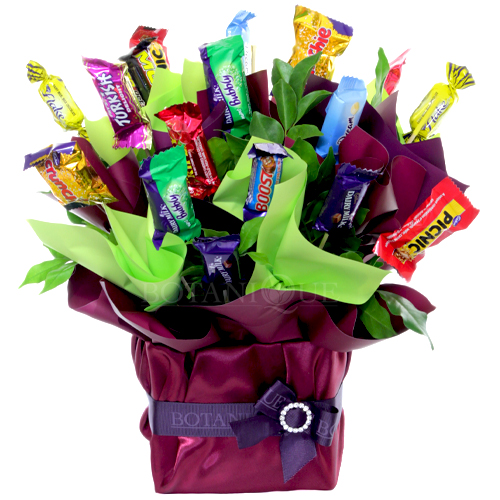 Easter hampers botanique flowers by tina gold coast australia favorites easter hampers gold coastg negle