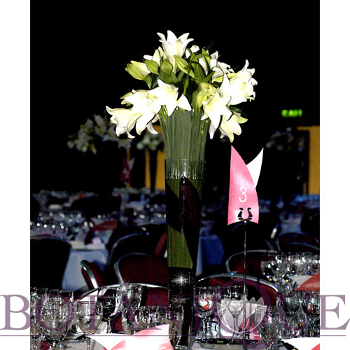 gold-coast-convention-centre-table-flowers.jpg