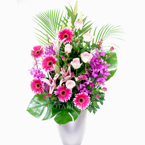 Mothers day and mothering sunday botanique flowers by for Mothers day flower arrangements