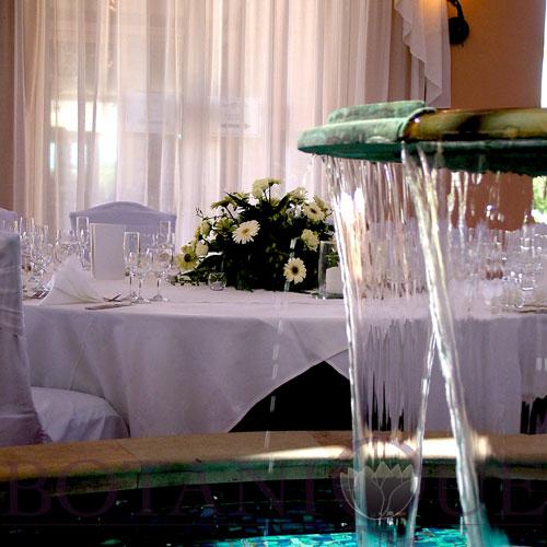 private-dinner-flowers-gold-coast-australia.jpg