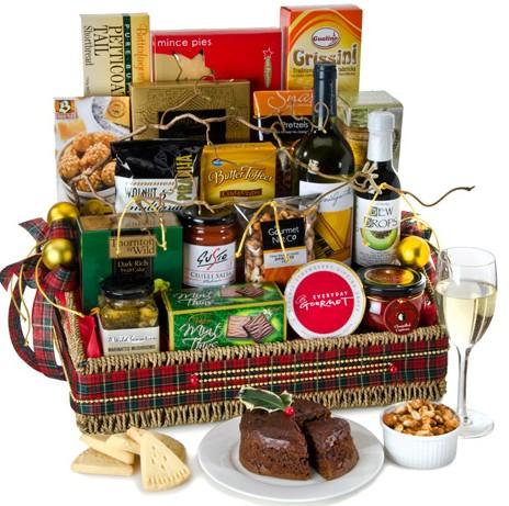 send-christmas-indulgence-gourmet-hamper-gold-coast-suburbs-h67.jpg