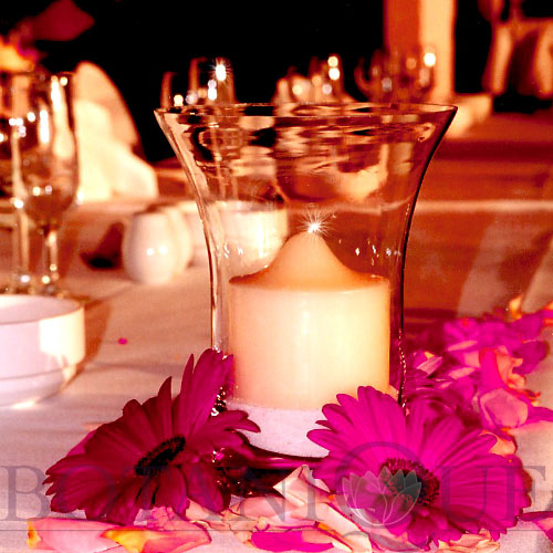table-flowers-gold-coast-australia-candles-rose-petals.jpg