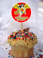 Wonder Woman cupcake topper