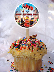 The Lego Movie cupcake topper