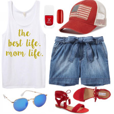 Mom Life 4th of July Outfit