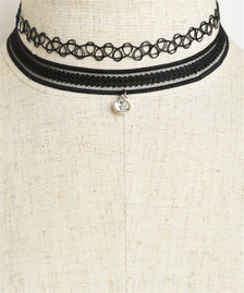 Center Stone Lace Choker in Black