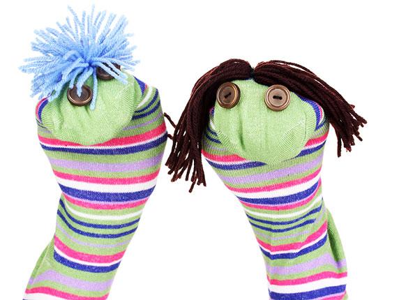 dinosaur-sock-puppet-fun.jpg
