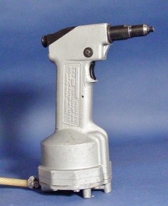 Emhart PRG510 Air Pop Rivet Gun