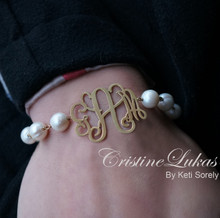 White Pearl Bracelet with Monogrammed Charm - Yellow Gold