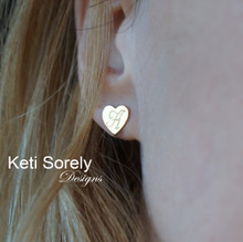 Hand Engraved Stud Earrings in Heart Shape - Solid Yellow, Rose or White Gold