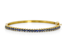 18 Karat Yellow Gold Sapphire Bangle bracelet