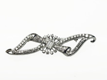 14 Karat White Gold Diamond Bow Brooch