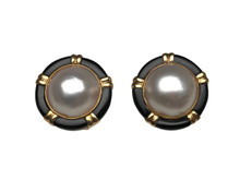 14 Karat Yellow Gold Mabé Pearl and Onyx Earrings