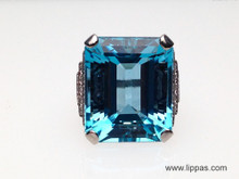 Platinum Aquamarine and Diamond Art Deco Estate Ring