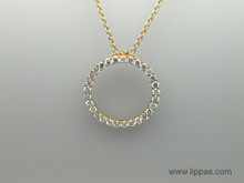 18 Karat Yellow Gold Diamond Circle Pendant