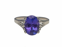 14 Karat White Gold Oval Tanzanite Ring