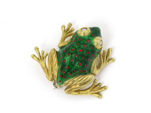 14 Karat Yellow Gold Enamel Frog Pin with Diamond Eyes