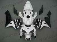 Honda CBR600RR 2005 2006 white and blackfairing kits, this Honda CBR600RR 2005 2006 plastics was applied in white and blackgraphics, this 2005 2006 CBR600RR fairing set comes with the both color and decals shown as the photo.If you want to do custom fairings for CBR600RR 2005 2006,our talented airbrusher will custom it for you