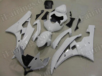 aftermarket fairings and bodywork for 2006 2007 Yamaha YZF R6, this motorcycle fairings are replacement plastic with various graphics,  they are top quality and oem fairing quality comparable. All the bodywork panels are pre-drilled and 100% precise fit factory bike.
