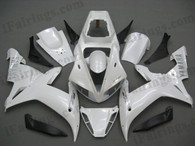 Yamaha YZF-R1 2002 2003 pearl white fairing kits, this Yamaha YZF-R1 2002 2003 plastics was applied in pearl whitegraphics, this 2002 2003 YZF-R1 fairing set comes with the both color and decals shown as the photo.If you want to do custom fairings for YZF-R1 2002 2003,our talented airbrusher will custom it for you.