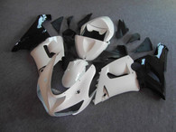 Kawasaki ZX6R 636 2005 2006 white and black fairing kits, this Kawasaki ZX6R 636 2005 2006 plastics was applied in white and blackgraphics, this 2005 2006 ZX6R 636 fairing set comes with the both color and decals shown as the photo.If you want to do custom fairings for ZX6R 636 2005 2006,our talented airbrusher will custom it for you.